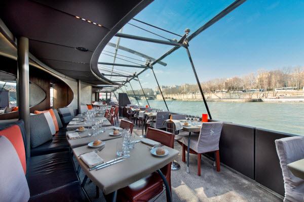 _Repas affaires Bateaux Parisiens