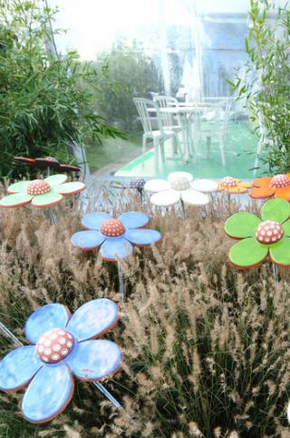 Folie Flore Mulhouse fleurs ceramique Nathalie Wetzel
